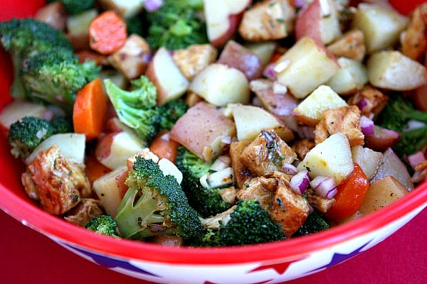 Broccoli and Chicken Salad with Lemon Dressing