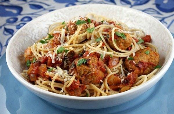 Spaghetti with Turkey Meatballs in Spicy Tomato Sauce