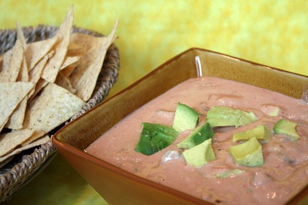 Spicy Hummus Avocado Dip