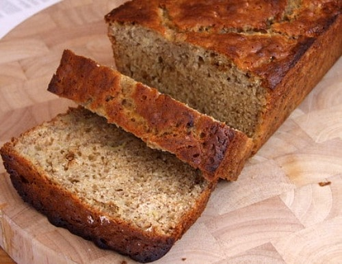 Agave Sweetened Low Fat Banana Bread - recipe from RecipeGirl.com