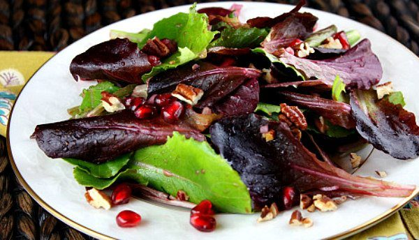 Mixed Greens Pomegranate Salad