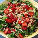 Baby Greens with Strawberries and Sugared Almonds Pic