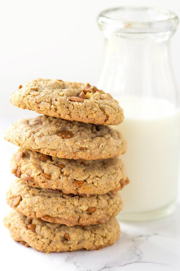 Spicy Cinnamon Oatmeal Cookies - Recipe Girl