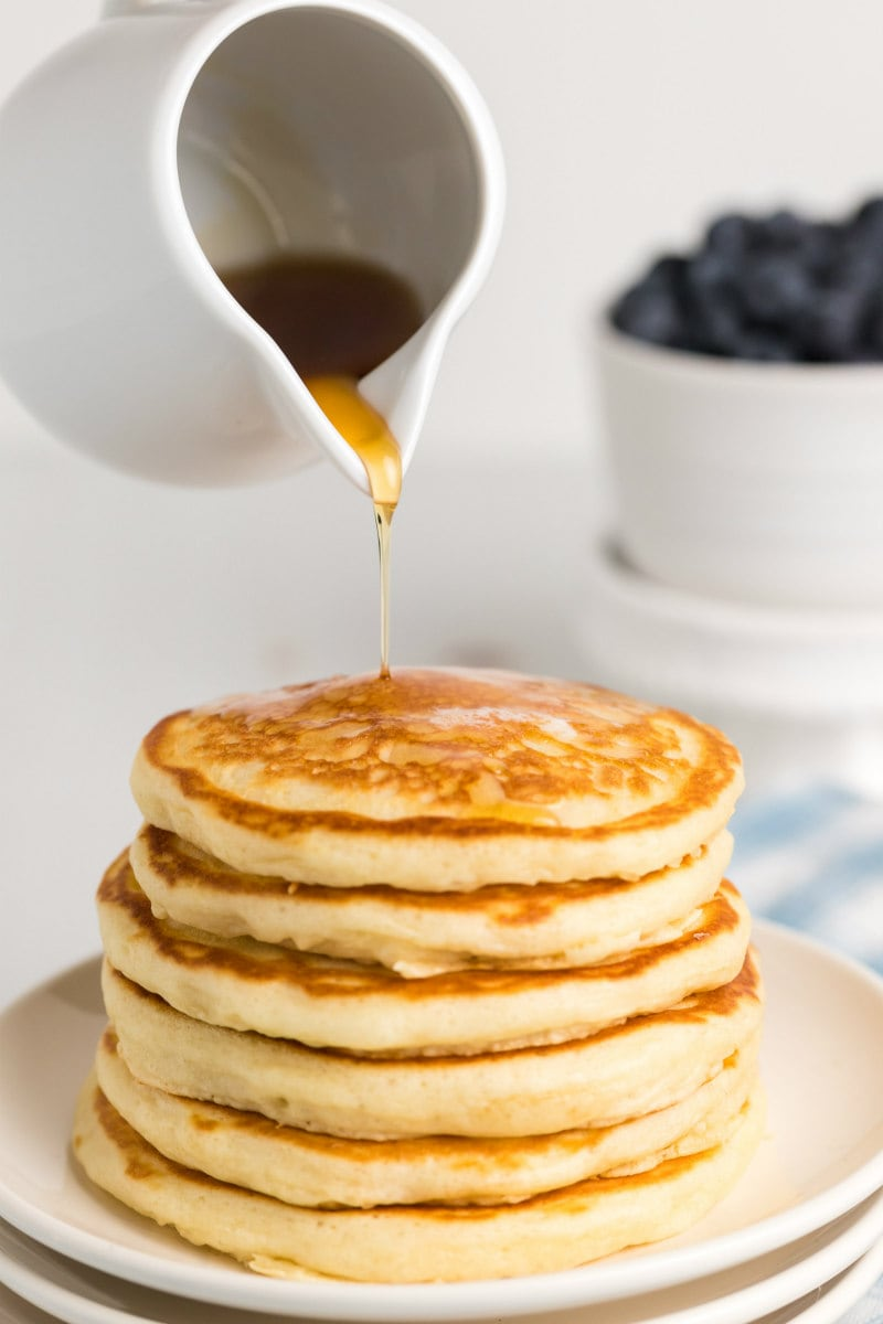 Adding syrup to Buttermilk Pancakes