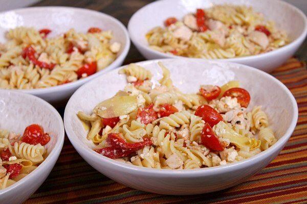 Greek Chicken Pasta Toss recipe : from RecipeGirl.com