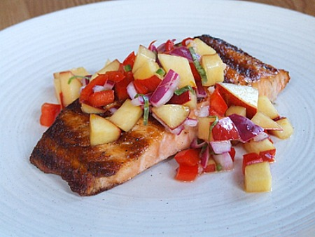 Grilled Salmon with Nectarine- Onion Relish