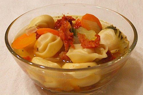 Sun Dried Tomato Tortellini Soup