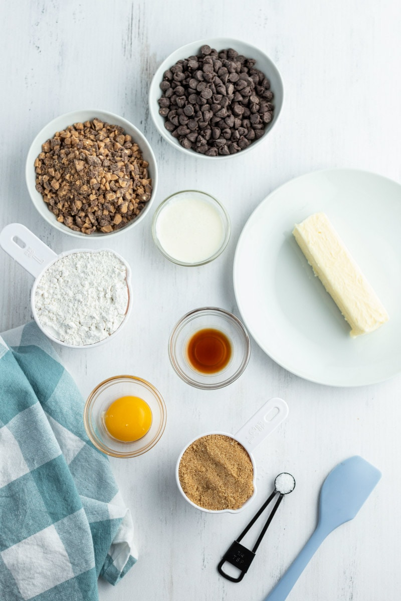 ingredients displayed for chocolate toffee shortbread