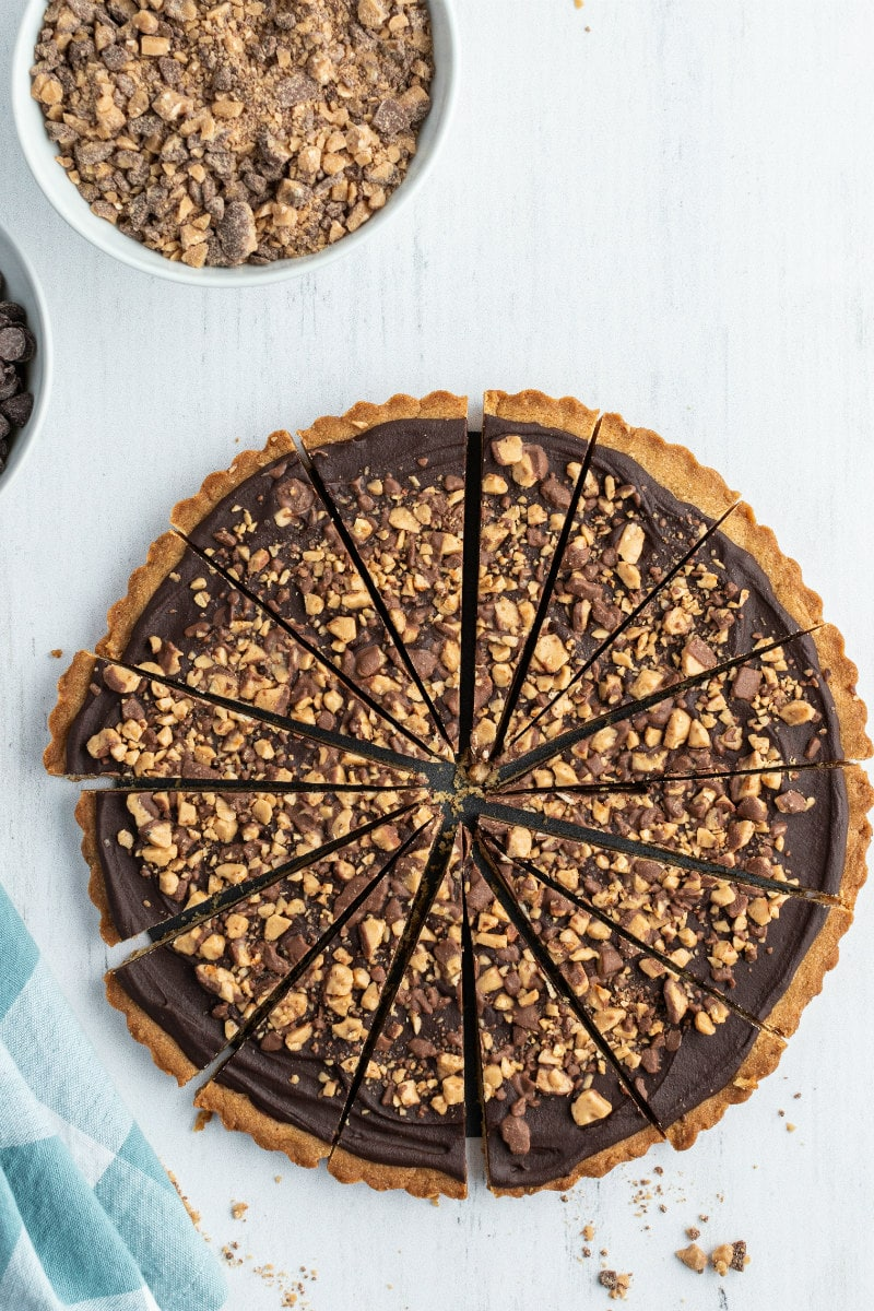 chocolate toffee wedges cut in one big round