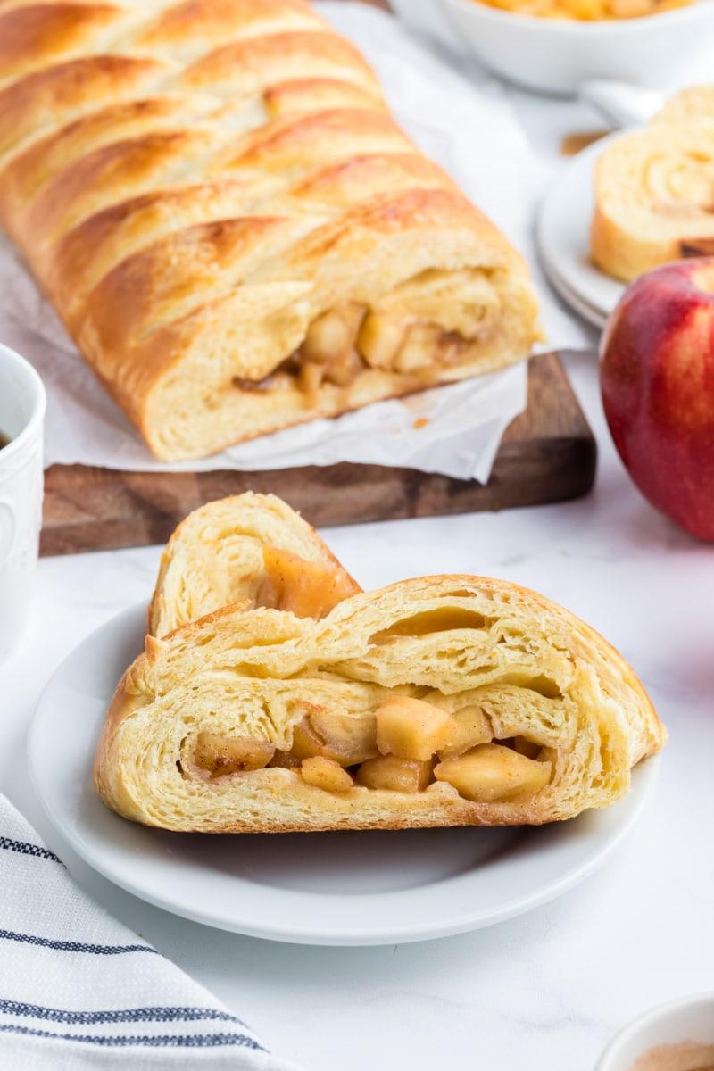 danish braid with apple filling