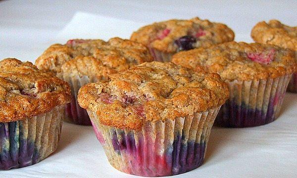 tri berry muffins 2