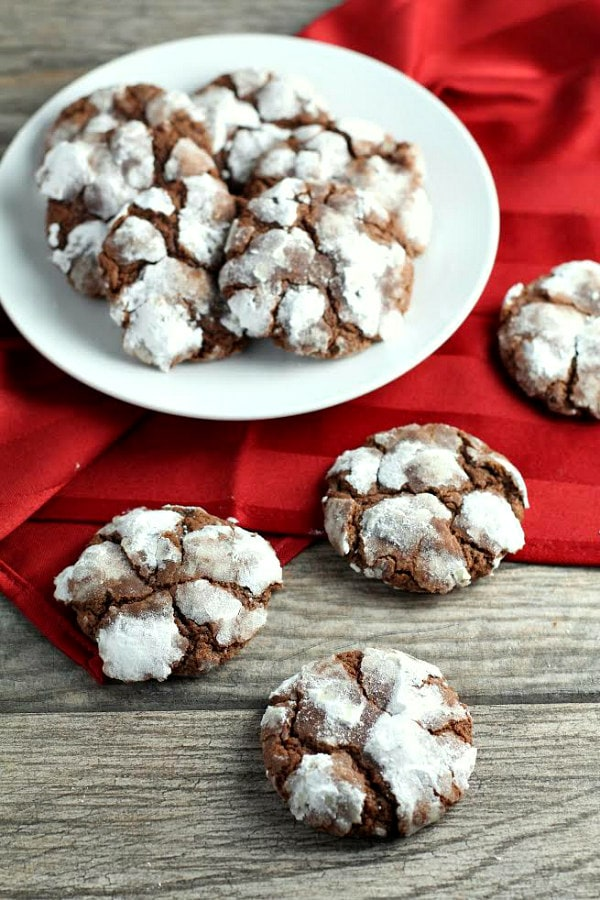 Chocolate Mint Snowtop Cookies - RecipeGirl.com