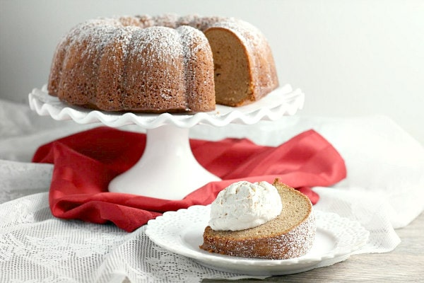 Gingerbread Cake with Cinnamon Cream