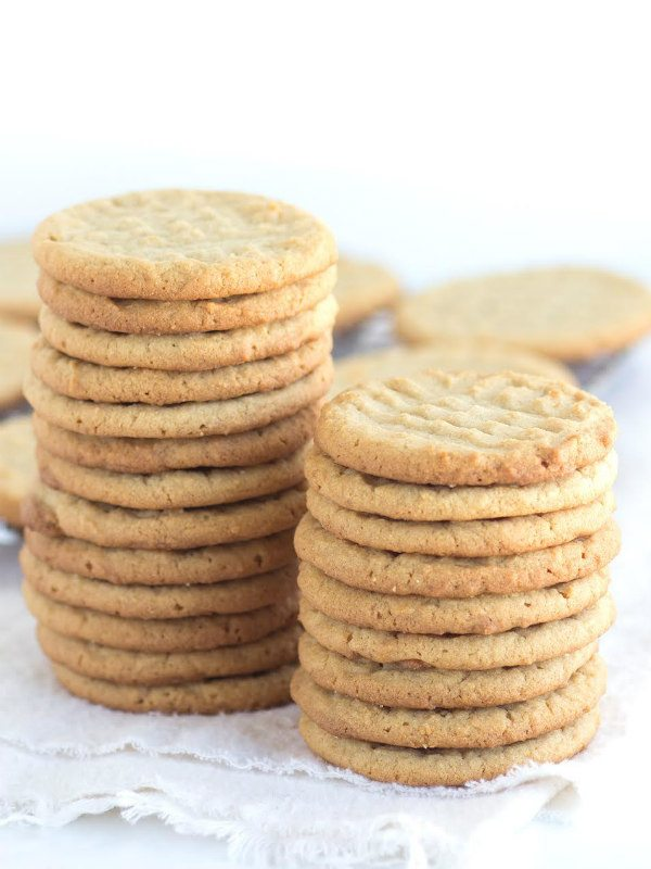 Great Grandma's Peanut Butter Cookies recipe - from RecipeGirl.com