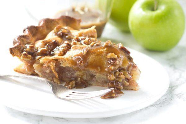 Praline Apple Pie recipe - from RecipeGirl.com