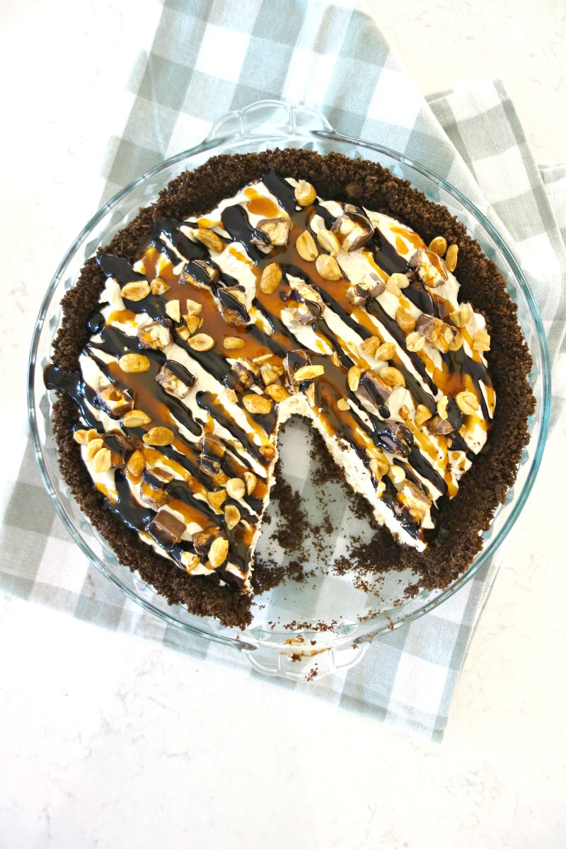 Slicing Snickers Bar Pie