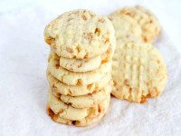 Texas Almond Crunch Cookies
