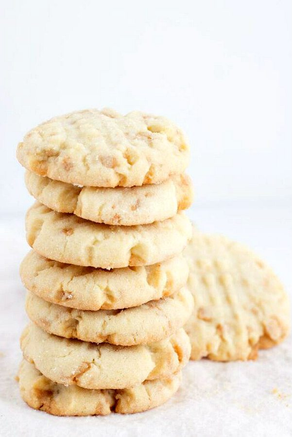 Texas Almond Crunch Cookies Recipe