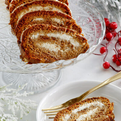 sliced gingerbread ice cream roll