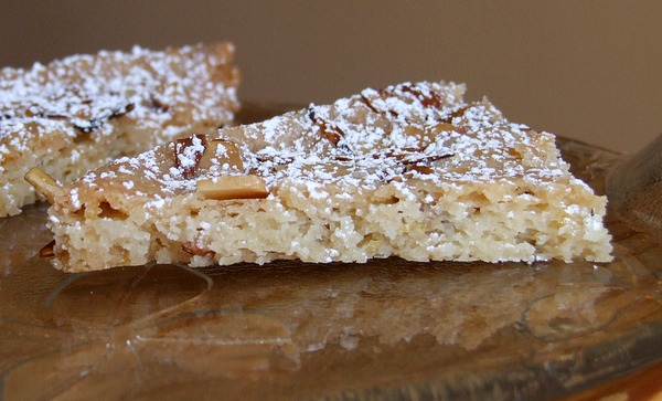 Lemon Almond Cookie Brittle sprinkled with powdered sugar