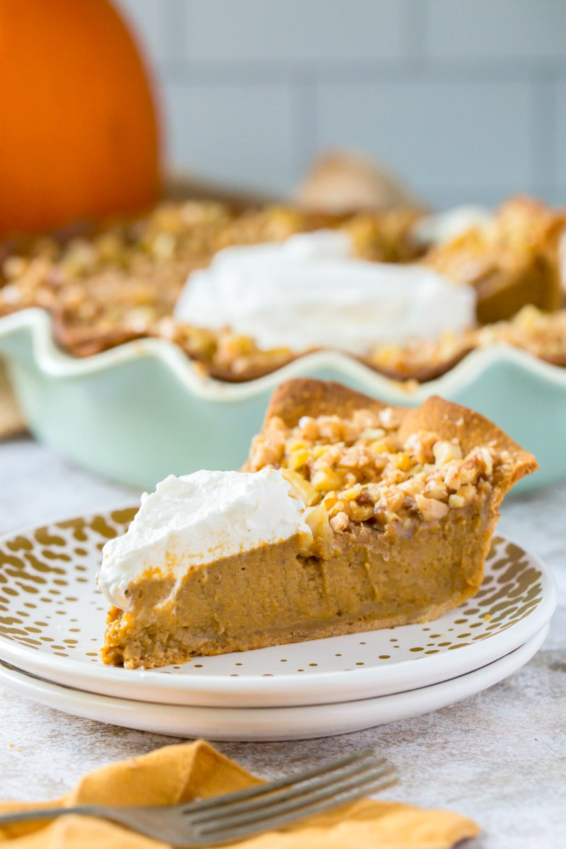 Pumpkin Pie with Toffee Walnut Topping