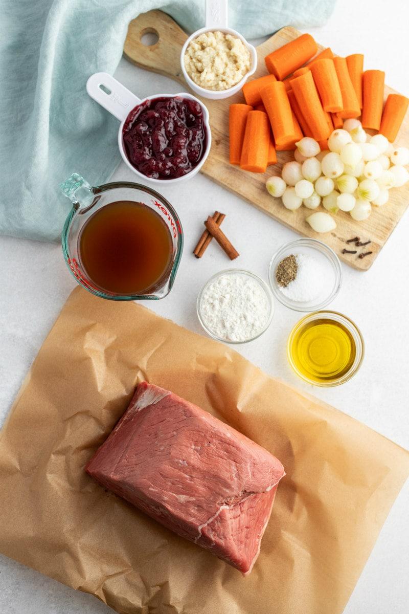 ingredients displayed for cranberry roast beef
