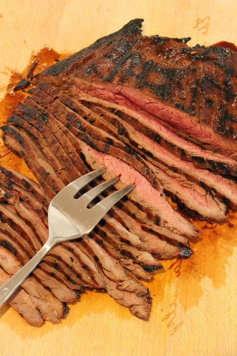 sliced grilled flank steak