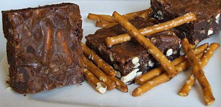 Pretzel Toffee Chip Brownies