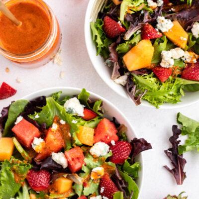 strawberry melon salad with watermelon vinaigrette