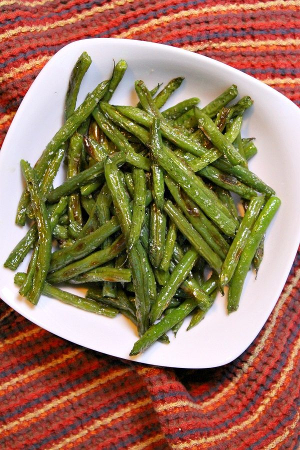 Oven Roasted Green Beans recipe from RecipeGirl.com