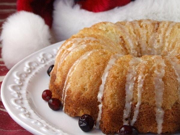 Overnight Eggnog Coffee Cake