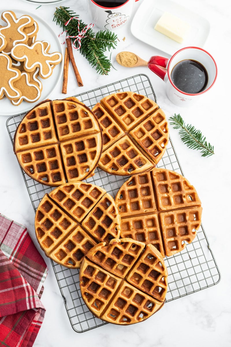 gingerbread waffles on cooling rack
