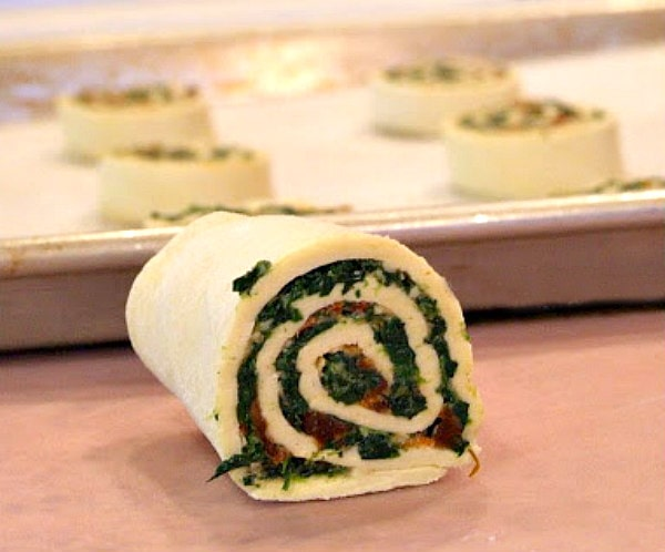 rolled up puff pastry with spinach and sundried tomato