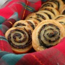 Spinach and Sundried Tomato Puff Pastry Pinwheels