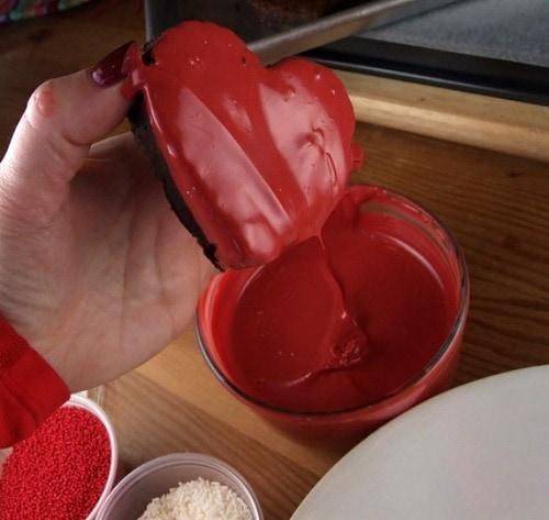 chocolate dipped valentine brownies, Ideas