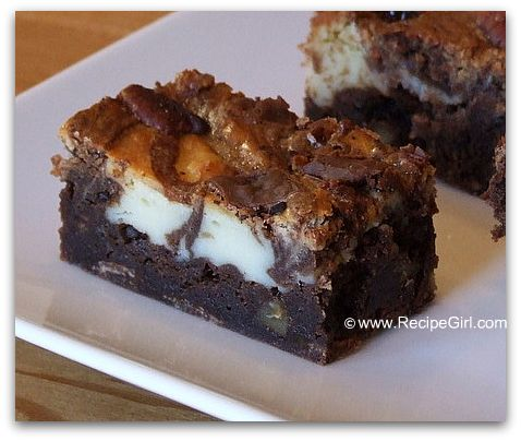 cream-cheese-swirl-brownies-with-pecans41