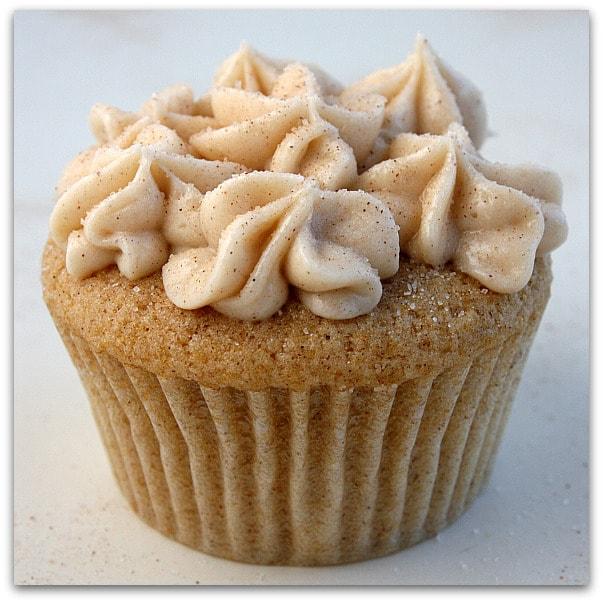 Birthday Cupcakes: Snickerdoodle Cupcakes
