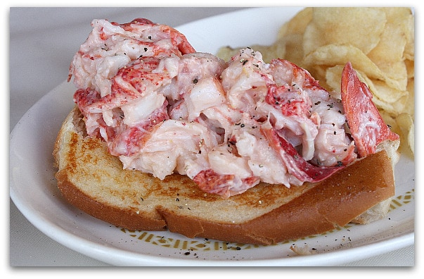 Celebrating Lobster: The New England Lobster Roll