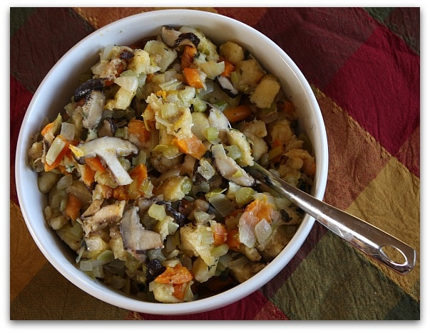 Traditional Thanksgiving Dinner Menu: the stuffing