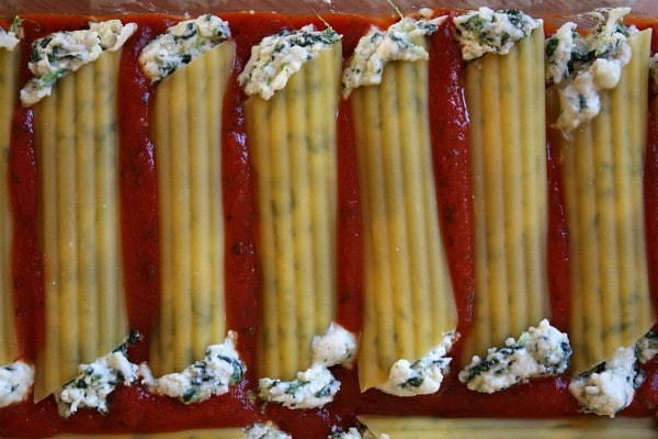 Spinach-and-Cheese-Manicotti.jpg