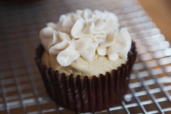 Irish Cream Cupcakes w/ Bailey's Buttercream Frosting