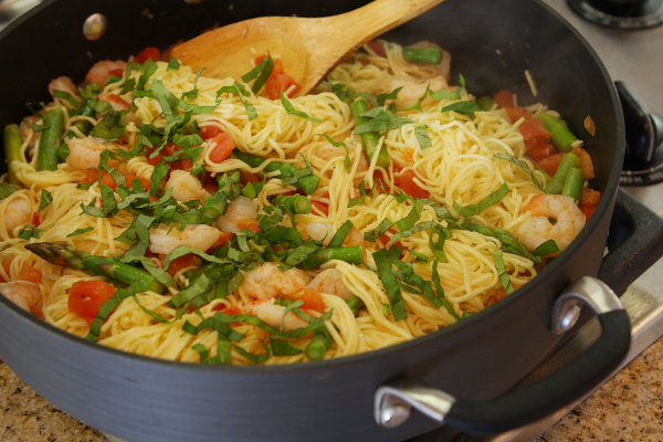 Angel Hair Pasta With Shrimp Asparagus And Basil
