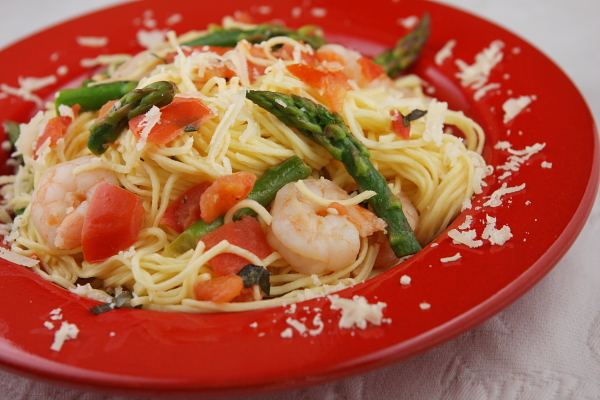 ... how-to for making Angel Hair Pasta with Shrimp, Asparagus & Basil