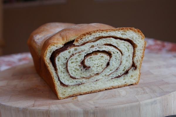 How to Make Cinnamon Swirl Bread