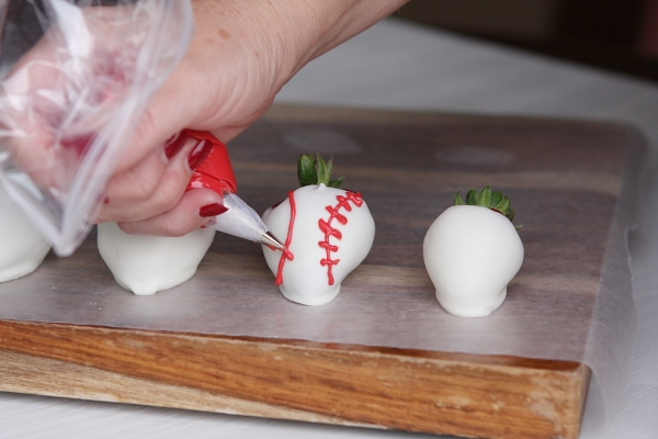Sports Dipped Strawberries 5
