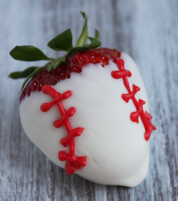 Sports Dipped Strawberries 6