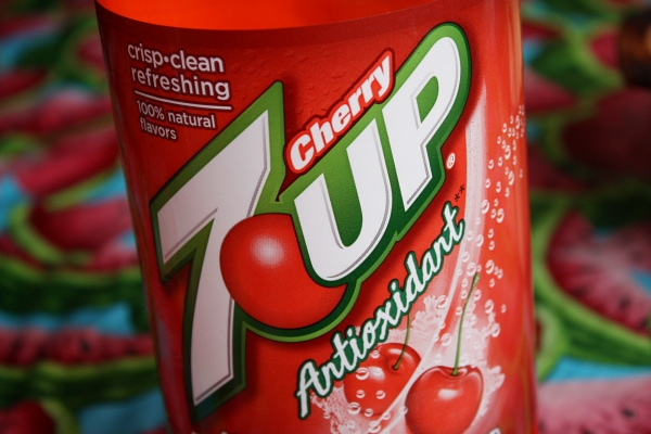 can of Cherry 7Up