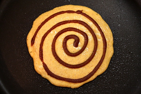 roll pancakes gingerbread cinnamon roll gingerbread cinnamon roll this ...