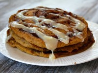 Pumpkin Cinnamon Roll Pancakes 4