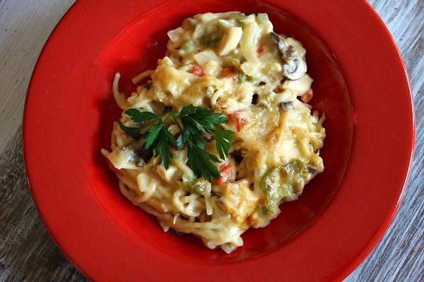 Chicken Spaghetti Casserole recipe : from RecipeGirl.com